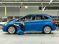Zweiter Plug-in-Hybrid BMW aus Leipzig: BMW startet Serienproduktion des 2er Active Tourer 225xe.