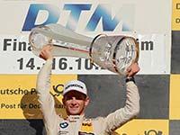 Marco Wittmann schreibt in Hockenheim Geschichte und erringt im Red Bull BMW M4 DTM seinen zweiten DTM-Fahrertitel.