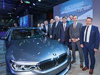 BMW feiert Doppel-Jubiläum in Niederbayern.