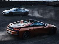 Der neue BMW i8 Roadster, das neue BMW i8 Coupé. Fahrzeugkonzept und Fahrerlebnis.