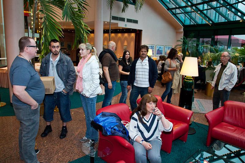 die ersten Teilnehmer traffen am Freitag Abend im Hotel Amadeues in Frankfurt ein