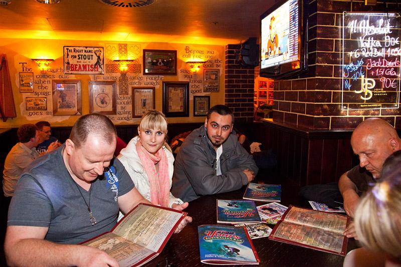 abends in der australischen Bar 'Yours'