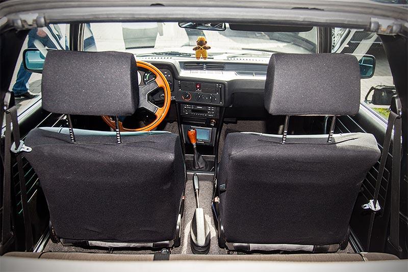 BAUR BMW TC1, Blick in den Innenraum durch das geöffnete, hintere Dach