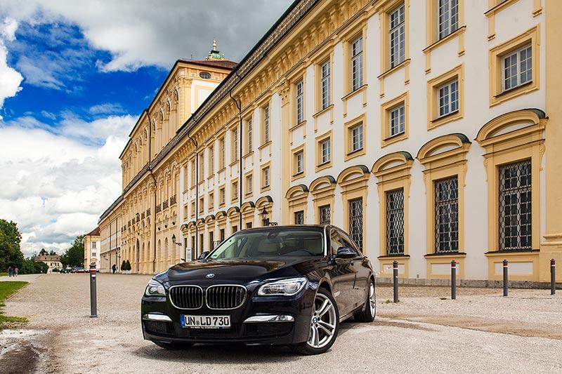 7-forum.com Jahrestreffen 2016, Ausfahrt zum Schloß Schleißheim: BMW 730Ld (F02 LCI) von Christian ('Christian')