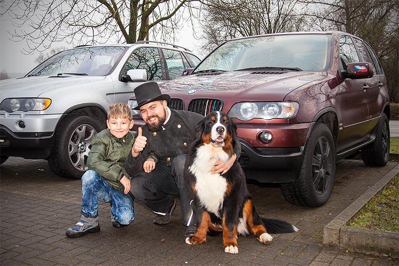 Rhein-Ruhr-Stammtisch im Januar 2017, Dominik mit Hund Napoleon und Alain ('Alien')
