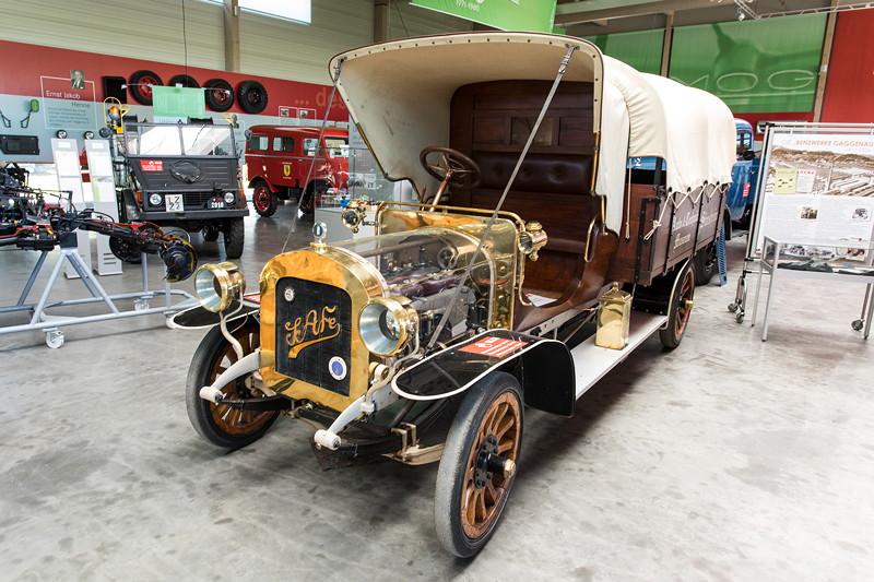 LKW SAG gilt als ältester bekannte Lastwagen der Welt, Leihgabe aus dem Technikmuseum Speyer