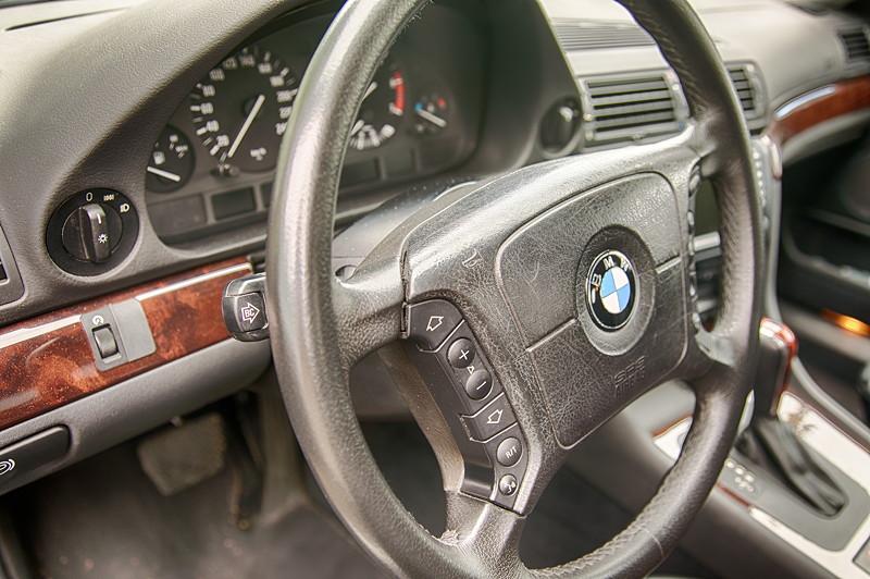 BMW 735i (E38) von Günter ('Aschallnick'), Multifunktionslenkrad
