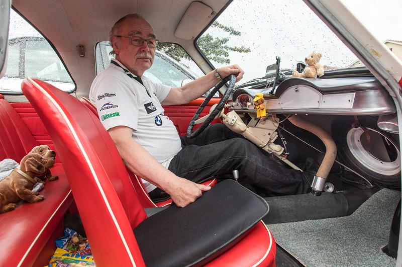 Goggomobil TS 250 Coupé von Ralf ('asc-730i'). Der Fussraum erstreckt sich bis zum Fahrzeugende - genug Platz für ein Reserverad.