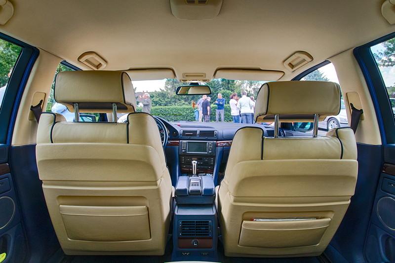 BMW 740i (E38) Individual von Frank ('heliman4'), Blick aus dem Fond auf die vorderen Sitze