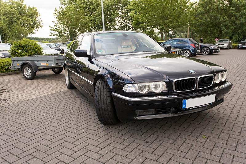 BMW 740i (E38) Individual von Frank ('heliman4') mit angehängtem Hänger