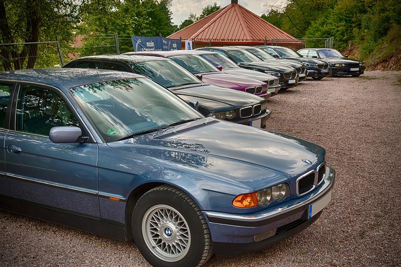 77. Südhessen-Stammtisch: BMW 7er Parkplatz am Kupferbergwerk Grube Wilhelmine