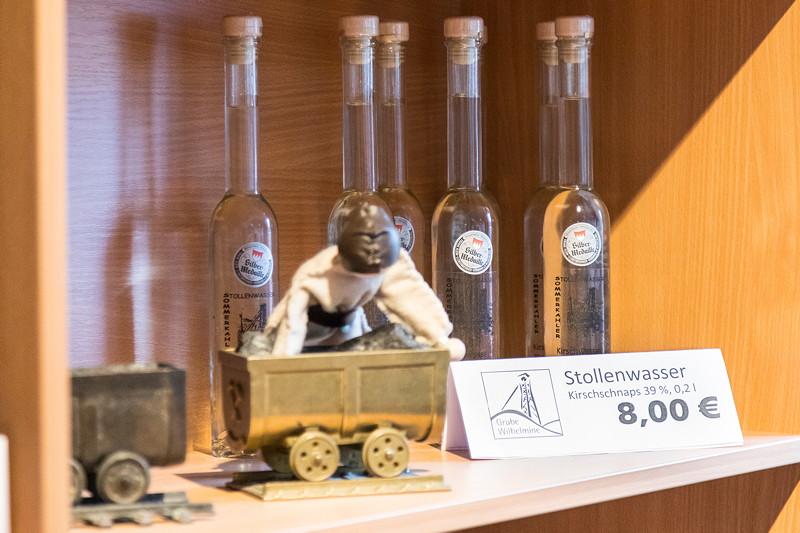 Auch 'Mitbringsel' gab es im Museum zu kaufen, hier ein 'Stollenwasser'.