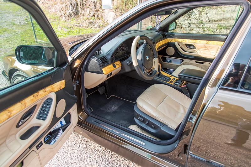 77. Südhessen-Stammtisch: BMW 730i (E38) von Ralf ('Ralle735iV8'), helle Innenausstattung und Pappel Holz