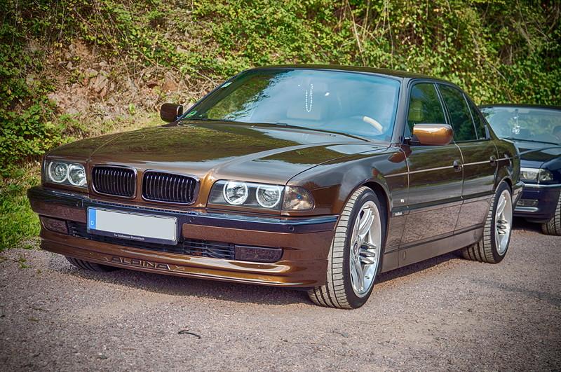 77. Südhessen-Stammtisch: BMW 730i (E38) in der exklusiven Außenfarbe Marrakeschbraun von Ralf ('Ralle735iV8')