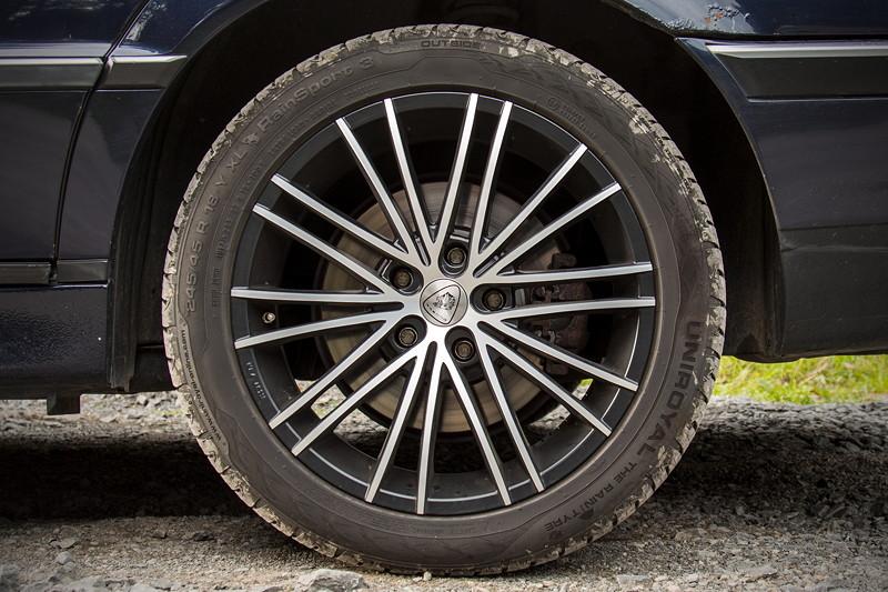 77. Südhessen-Stammtisch: BMW 735i (E38) auf 18 Zoll Felgen