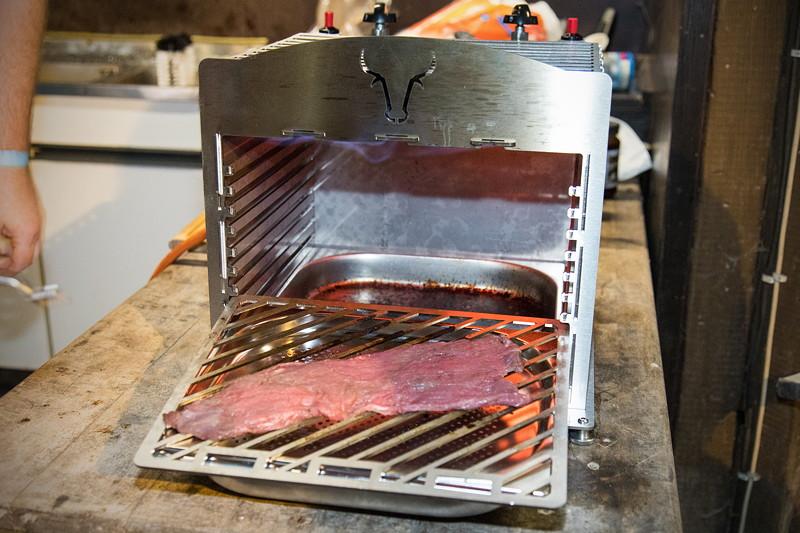77. Südhessen-Stammtisch: der selbstgebaute 800°C Grill von Andreas ('Andimp3')