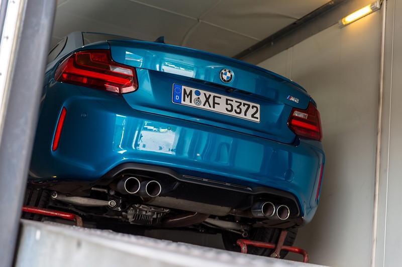 20 Jahre BCD Treffen: Anlieferung der BMW M Fahrzeuge per Transporter.