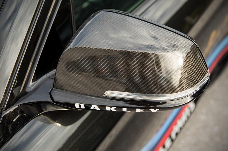 Teilnehmerfahrzeug BMW M2 als Safetycar, Aussenspiegel.