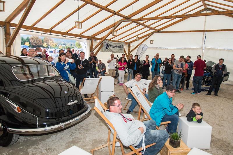 20 Jahre BCD Treffen, Siegerehrung Slalom Cup Finale am Samstag im BMW Classic Zelt