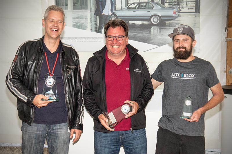 Slalom Cup Finale, Ehrung in Klasse 4f (Sonderklasse, modifiziert, ab 3.000 ccm): 1. Heinz Raab (BC Rothenburg), 2. Dr. Jürgen Eyman (BC Bad Windsheim) und 3. Ralf Dolder (BC Schwarzwald).