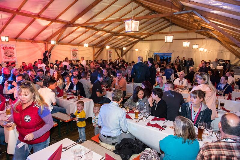 20 Jahre BCD Treffen, Festabend am Samstag im Festzelt am Hausberg