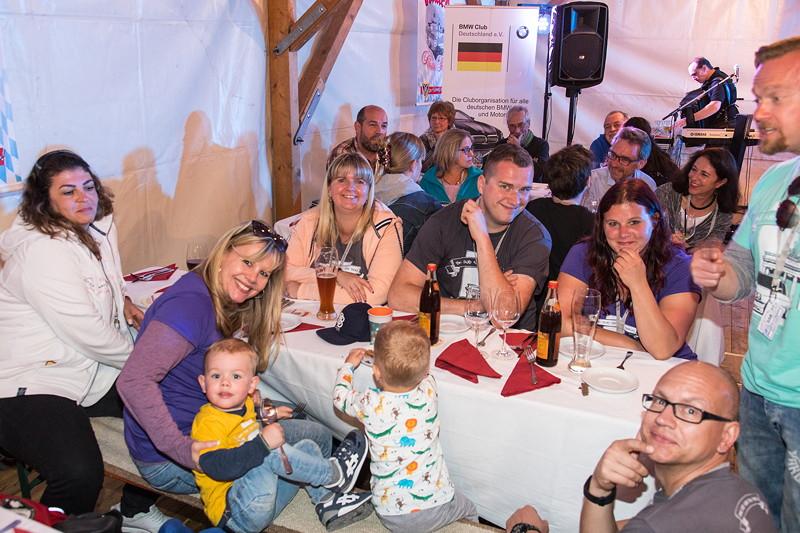20 Jahre BCD Treffen, Festabend im Festzelt, BMW Club Weiss Blau Berlin