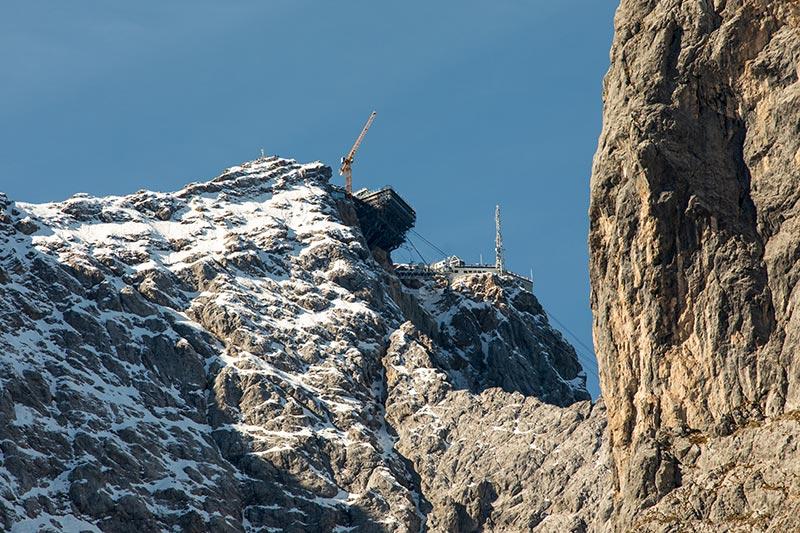 Blick auf die Zugspitze von der Höllentalangerhütte aus
