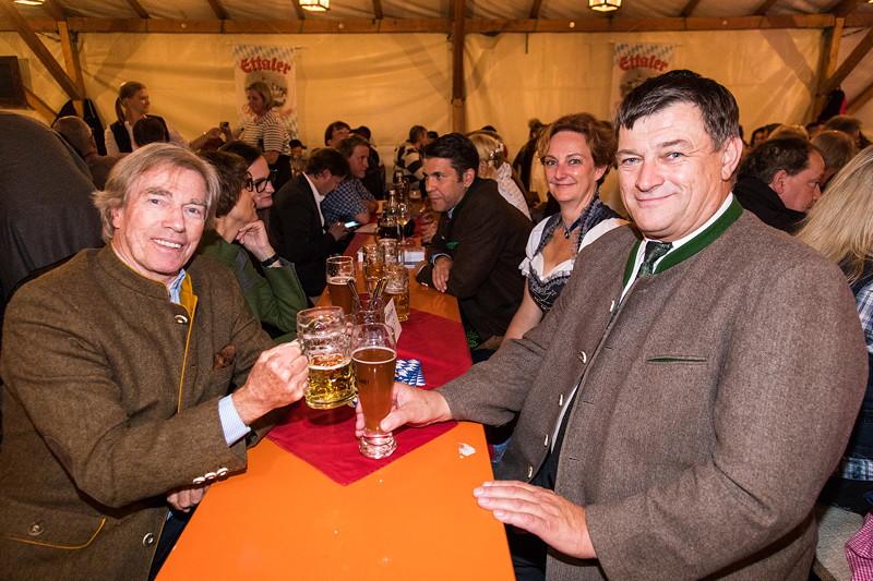 20 Jahre BCD Treffen, Bayerischer Abend mit dem Schirmherren Prinz Leopold von Bayern (li.) und dem Landrat Anton Sperr (re.).