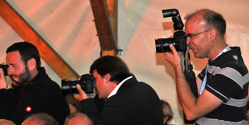 Fotografen im Einsatz: Christian ('Christian', re.) und BCD Vizepräsident Jens Muth (Mitte). Das vorherige Foto ist von hier entstanden.