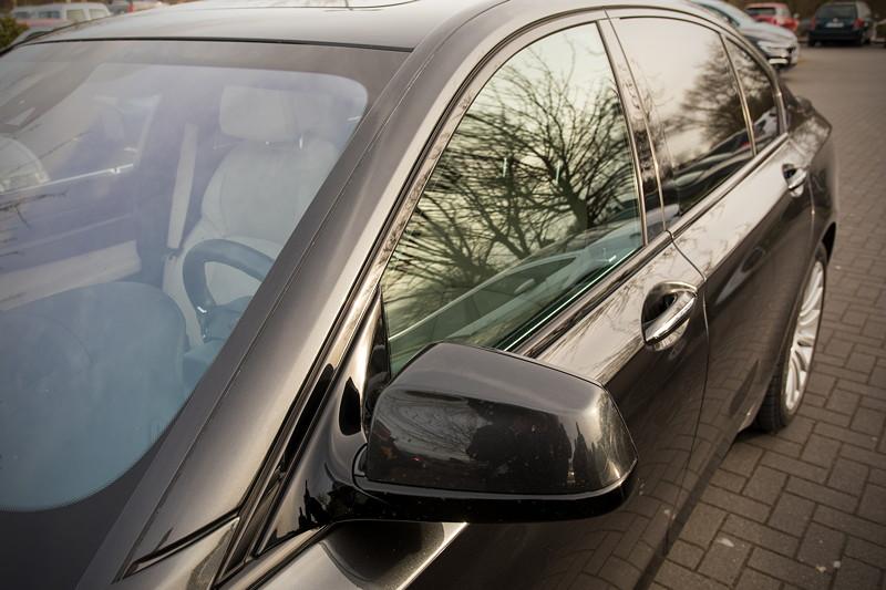 BMW 740i (F01) von Edwin ('Homerraas'), mit BMW Individual Hochglanz Shadowline.