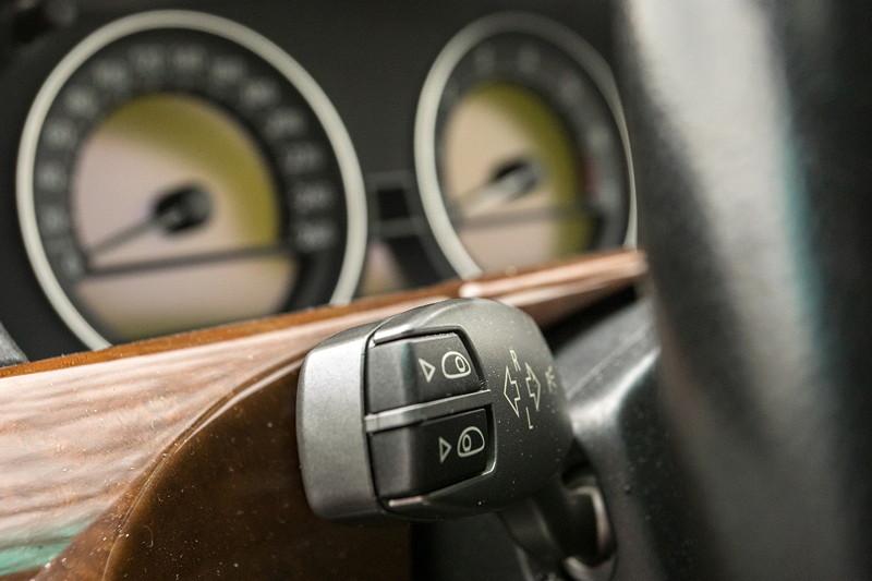 BMW 750i (E65 LCI), Japan-Import, Rechtslenker, von Olaf ('loewe40'), Blinkerhebel