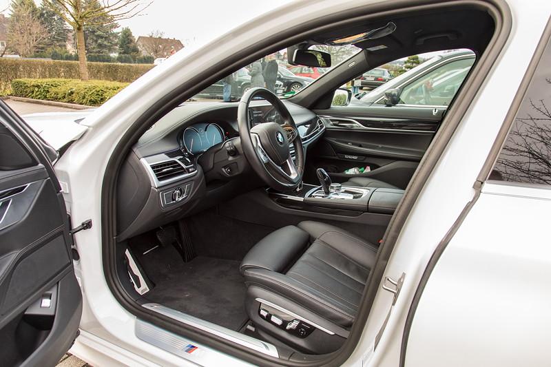 BMW 730d (G11), Firmenwagen von Ralf ('Ralle735iV8'), Blick durch die Fahrertür