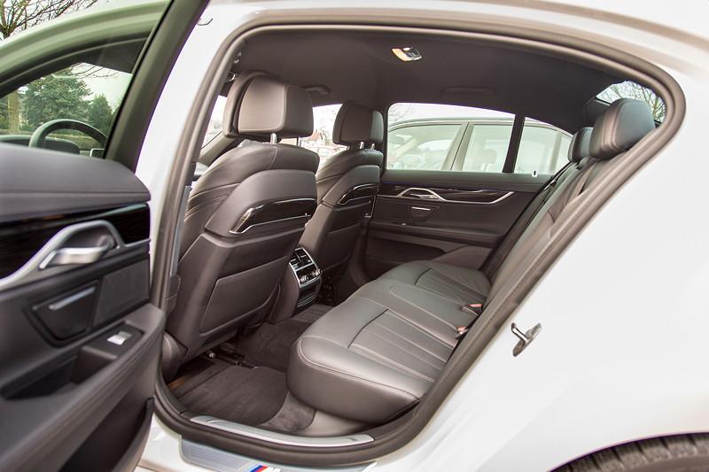 BMW 730d (G11), Firmenwagen von Ralf ('Ralle735iV8'), Blick durch die hintere Tür