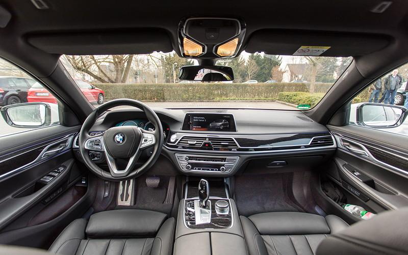 BMW 730d (G11), Firmenwagen von Ralf ('Ralle735iV8'), Innenraum vorne