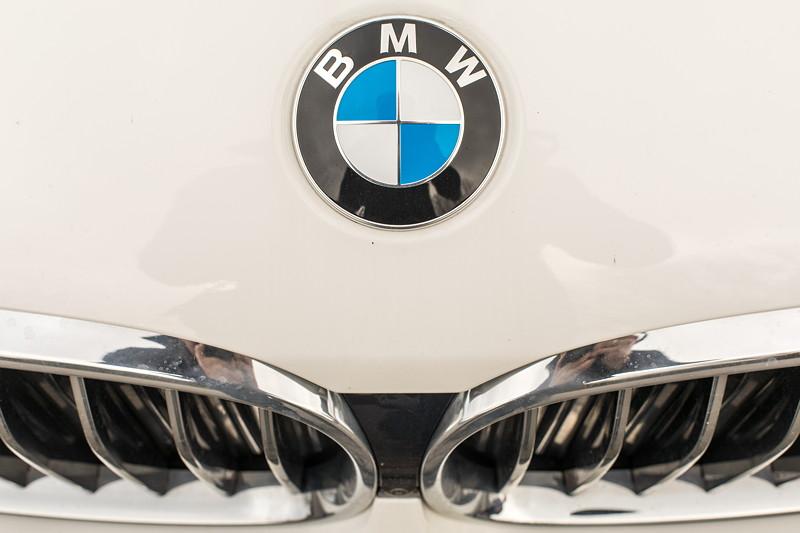 BMW 730d (G11), Firmenwagen von Ralf ('Ralle735iV8'), BMW-Logo auf der Motorhaube