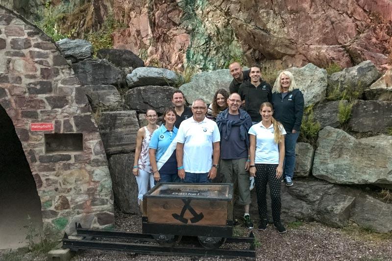 Grill-Stammtisch im Juli 2018: Gruppenfoto am Bergwerk