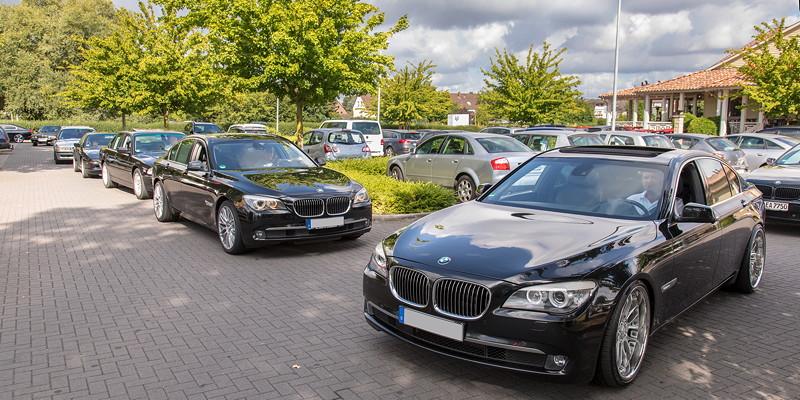 Gemeinsame Anfahrt zur BMW Scene Show 2018: vorne der BMW 740d (F01) von Jürgen ('Yachtliner') und der BMW 730d von Dirk ('Dixe').