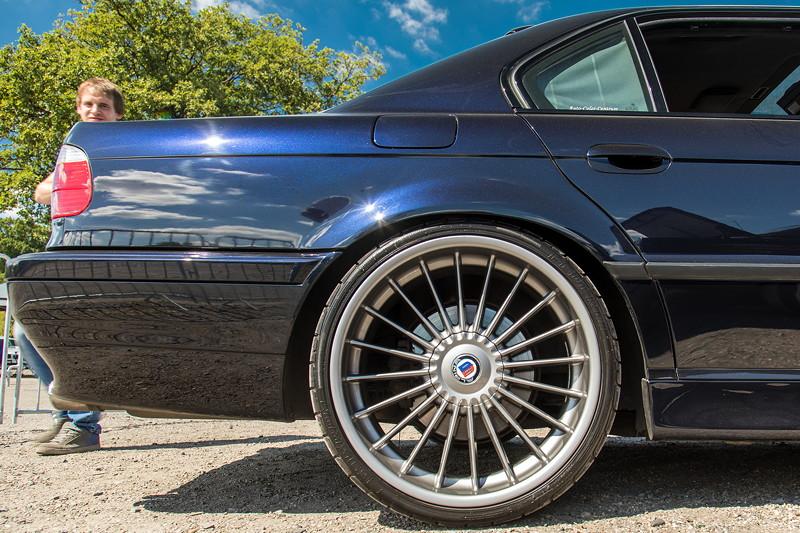 Mächtige Alpina Räder auf dem BMW 740i (E38) von Daniel ('Swordy').