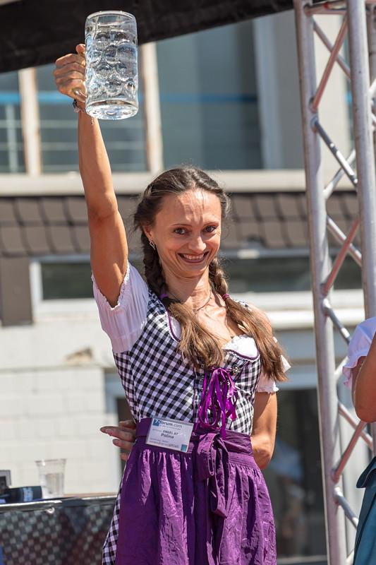 BMW Scene Show 2018: Polina ('Engel 07') siegte im Maßkrug-Wettbewerb.