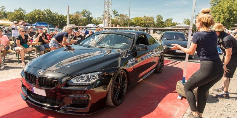 BMW Scene Show 2018: BMW M6 (F12M) beim Car Limbo Wettbewerb