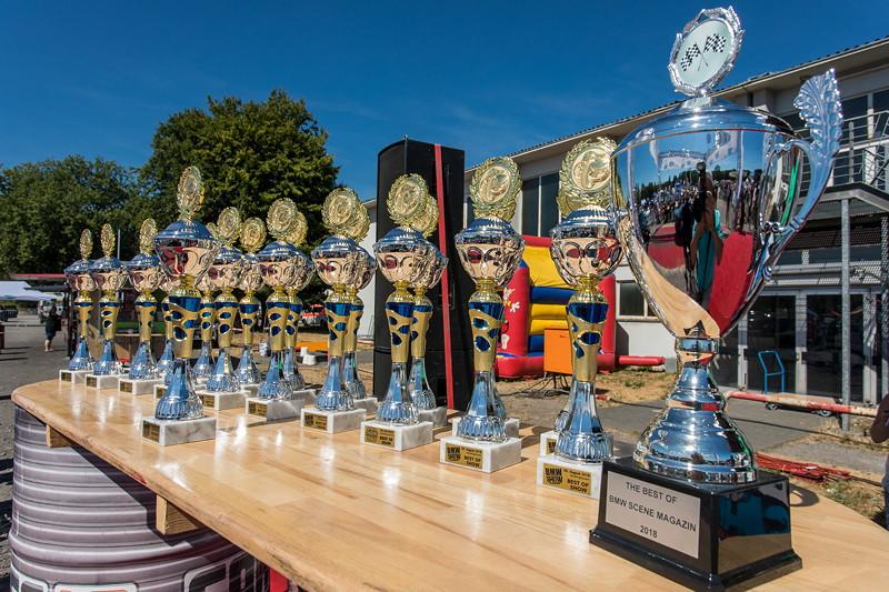 BMW Scene Show 2018: 20 Pokale 'Best of Show' und ein Pokal 'Best of BMW Scene Magazin' wurden verliehen.
