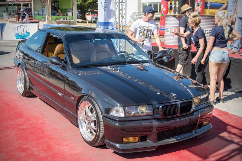 BMW Scene Show 2018: Pokalgewinn für diesen BMW 3er Coupé (E36/2).
