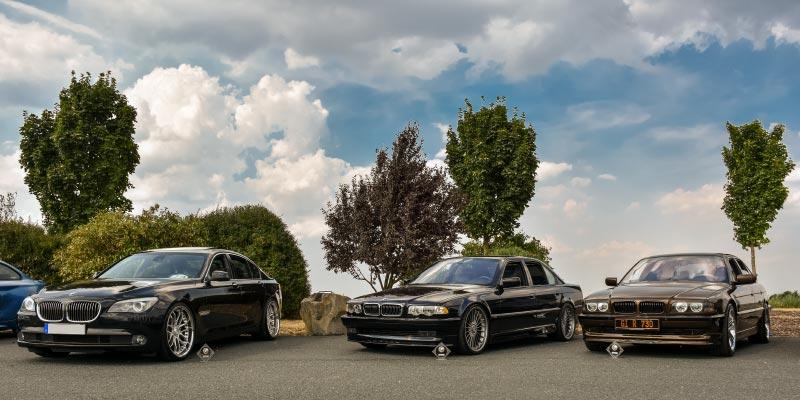 Pokalgewinner: BMW 740d (F01) von Jürgen ('Yachtliner'), BMW 740i (E38) von Daniel ('Swordy') und BMW 730i (E38) von Ralf ('Ralle735iV8').
