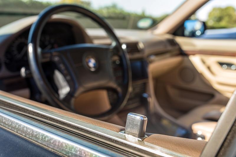 2018: BMW L7 (E38) von Christian ('s2000silber'), mit Chromline Interieur Ausstattung