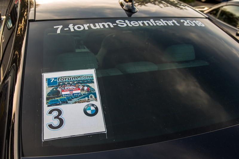 Rhein-Ruhr-Stammtisch im Oktober 2018: Der BMW 730Ld (G12) von Christian ('Christian') war noch mit Sternfahrt-Nr. versehen