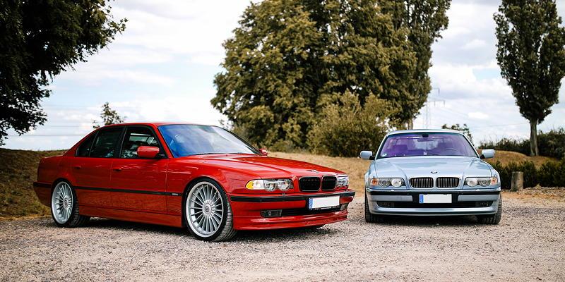 BMW 750i in BMW Individual Imolarot auf 21 Zoll Alpina Rädern von Frank ('750imolarot') und BMW 740i (E38) in BMW Individual Silverstone metallic von Carl ('CarlPinkert')