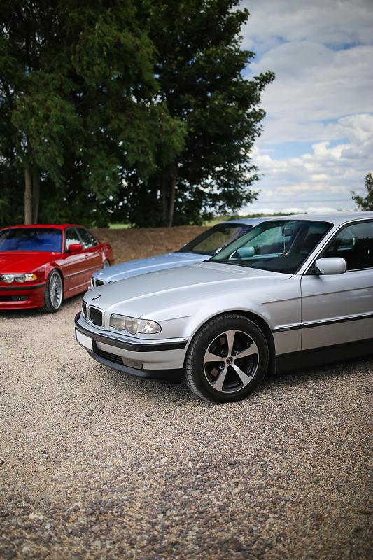 BMW 7er Stammtisch Halle-Leipzig im Juli 2020: BMW 735i (E38) von Marko ('Old School'), einem der regelmäßigsten Teilnehmer