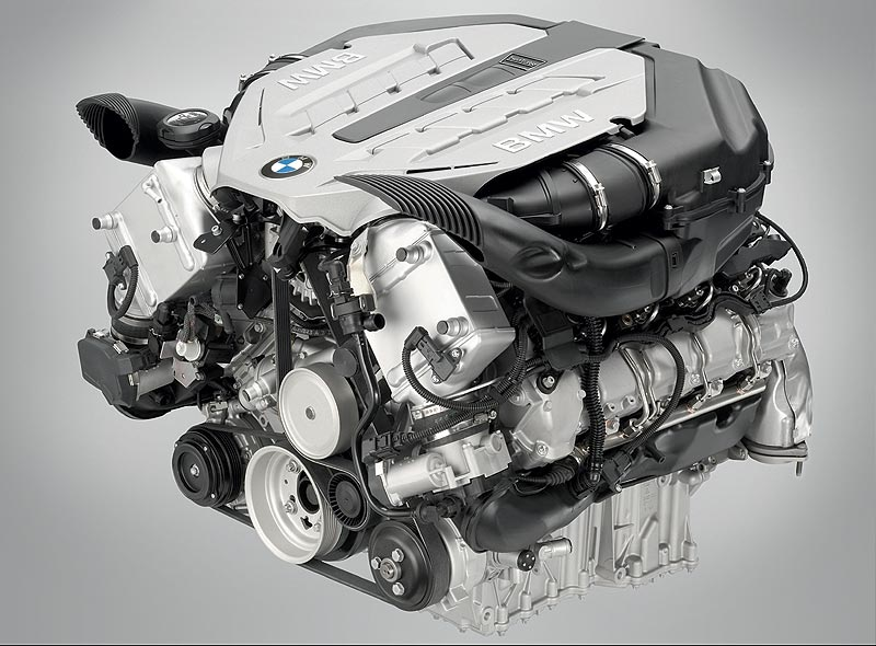 Foto Bmw V8 Ottomotor Mit Twin Turbo Und High Precision Injection