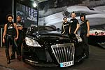 "Band ""Me and the Heat"" am Maybach Exelero auf dem Fulda-Stand"