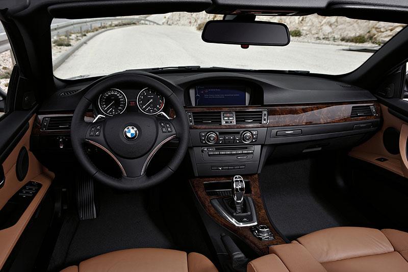 Foto: BMW 3er Cabrio, Faceliftmodell E93, Jahrgang 2010, Interieur ...